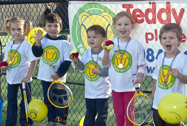 Children's tennis - play Teddy Tennis